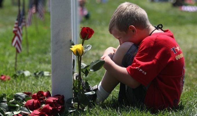 Halottak Napja gyermekszemmel - Avagy gyerekkel a temet�ben