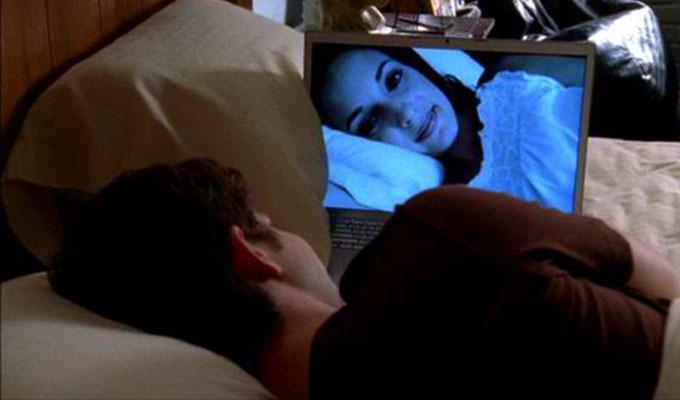 T�vkapcsolat - Mit tanulhatsz bel�le?