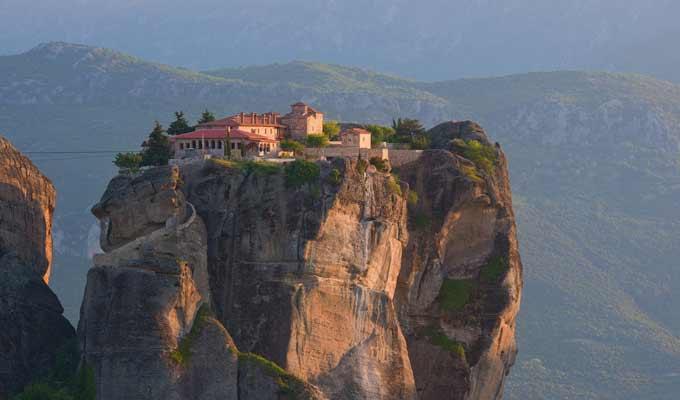 Top 5 titokzatos kolostor a nagyvil�gban