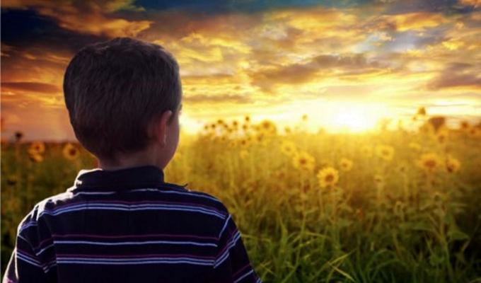 7 jel, ami arra utal, hogy csemetéd emlékszik az előző életére