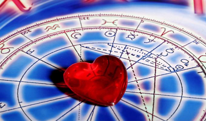 Hogyan viselkednek az egyes csillagjegyek, amikor szerelmesek? - A horoszk�podb�l kider�l!