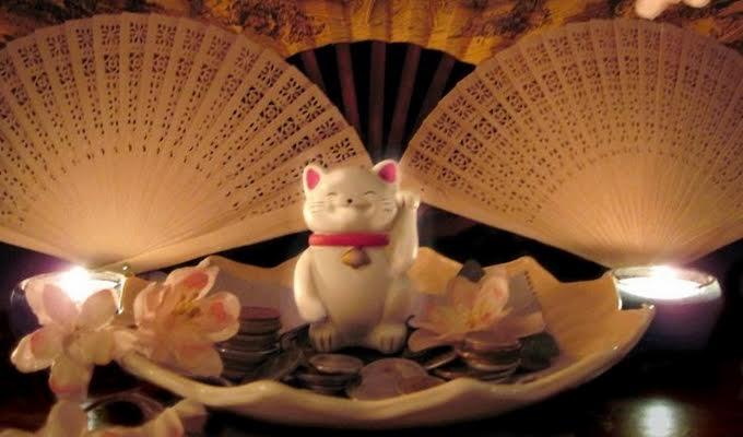 Maneki Neko, a jap�n Szerencsecica misztikus �zenete az �letedr�l