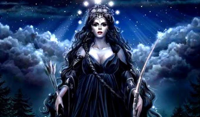 Hallgasd meg Aradia, a boszork�nyistenn� Neked sz�l� k�d�s j�slat�t