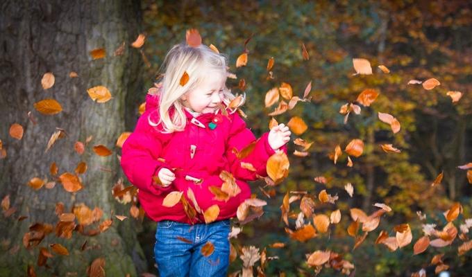 10 csod�s �szi szabadid�s tev�kenys�g, amelyre a gyermeked �r�kre eml�kezni fog