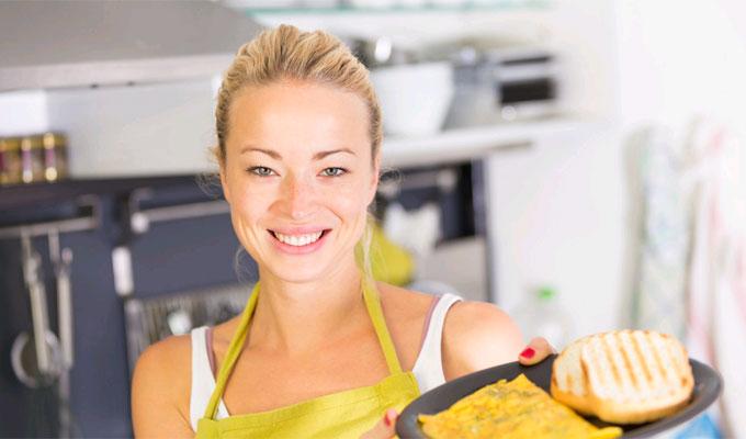 5 felbecsülhetetlen értékű konyhai trükk, ami jelentősen megkönnyíti a dolgodat