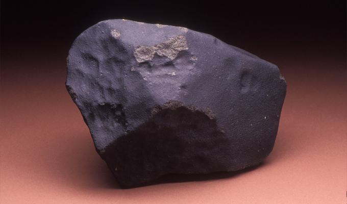 Túlélte, hogy eltalálta egy meteor, ami szerinte el volt átkozva