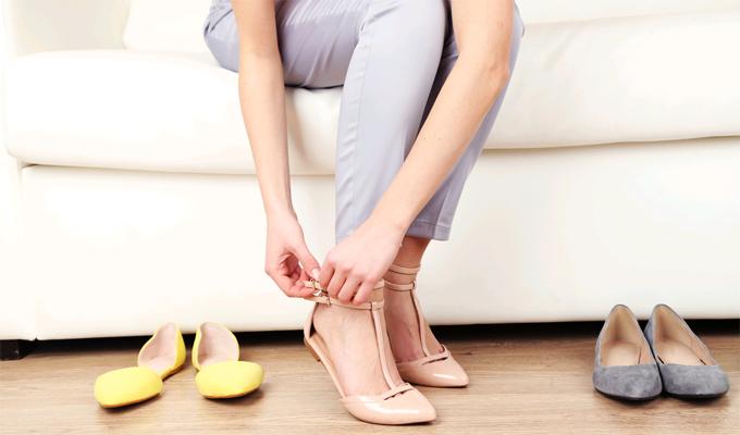 Ugyanannak a cipőnek a mindennapi viselete egészségügyi kockázatot rejt - Tudd meg, mit tehetsz ellene