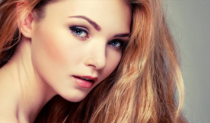 5 tipp a természetes hatású szemöldökért, hogy tökéletesen passzoljon a sminkedhez és a hajszínedhez