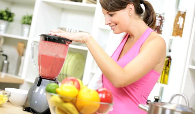 5 egészséges, de mégis tápláló reggeli turmix - Télen sem rakódnak rád a kilók