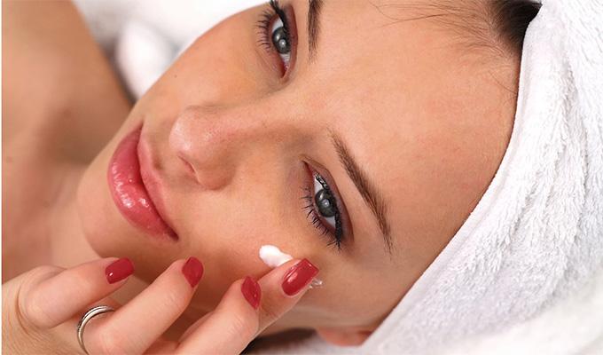 1 hetes kihívás az arcon lévő zavaró foltok eltüntetésére - Csináld végig, nem bánod meg!