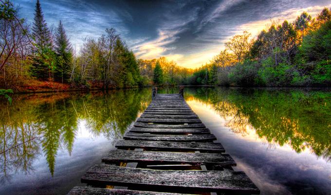 Hogyan éled meg a szerelmet, és milyen vagy a kapcsolataidban? - Válassz egy ösvényt, és kiderül!